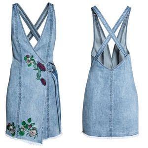 H&M ❤️ Coachella Embroidered Denim Wrap Dress Sz 2